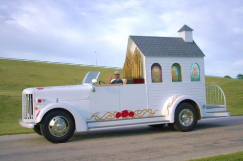 wedding on wheels